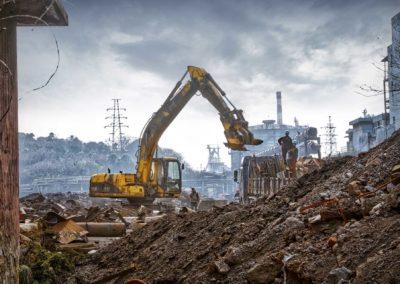 Démolition totale d'une usine